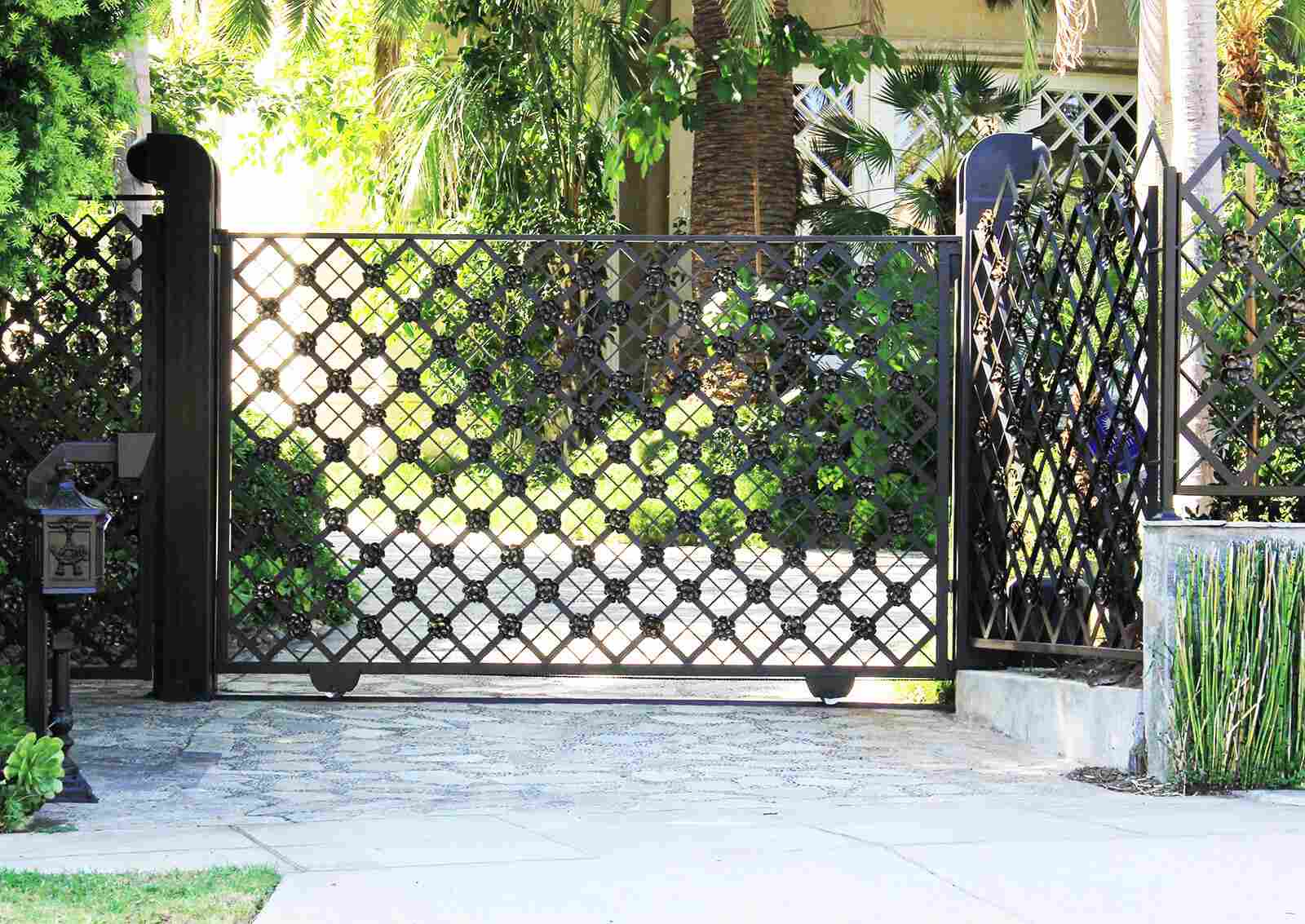 Single slide ornamental iron gate
