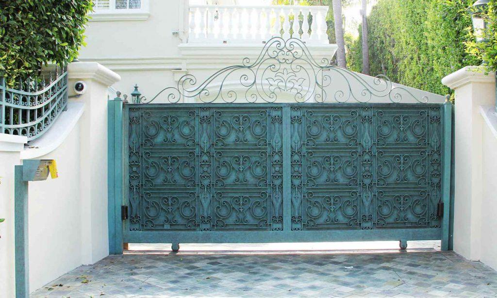 Moroccan inspired steel sliding gate
