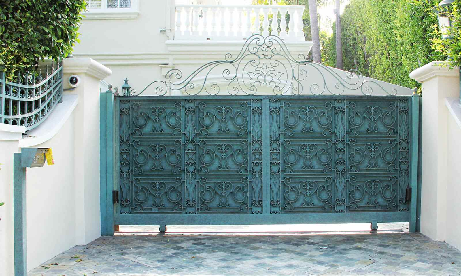 Moroccan inspired steel sliding gate